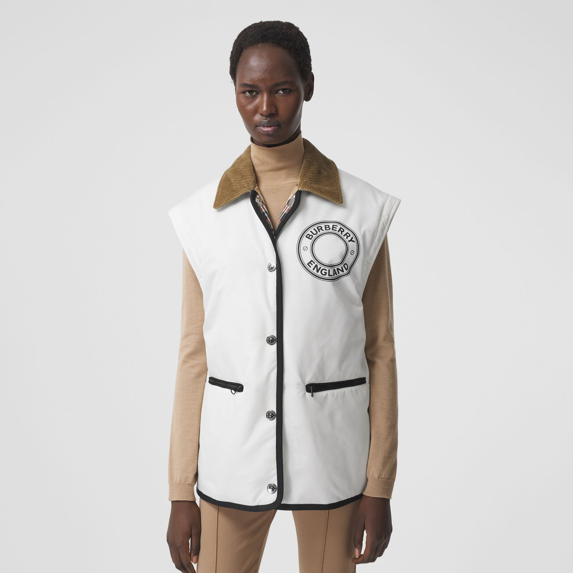 Detachable Sleeve Reversible Logo Graphic Jacket in Natural White - Women | Burberry - gallery image 4