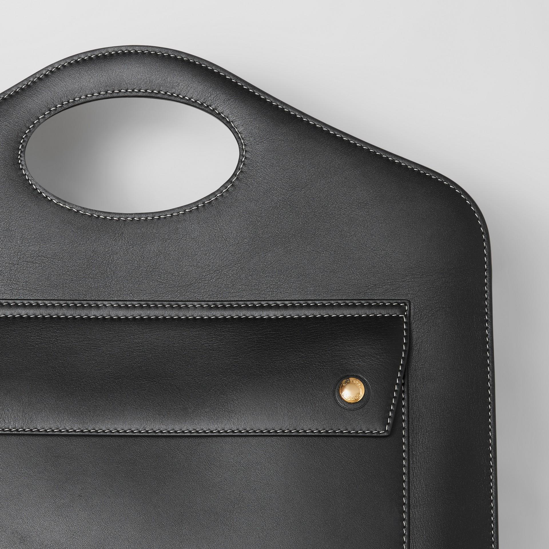 Mittelgroße Leder-Henkeltasche mit Steppnähten (Schwarz) - Damen | Burberry - Galerie-Bild 1