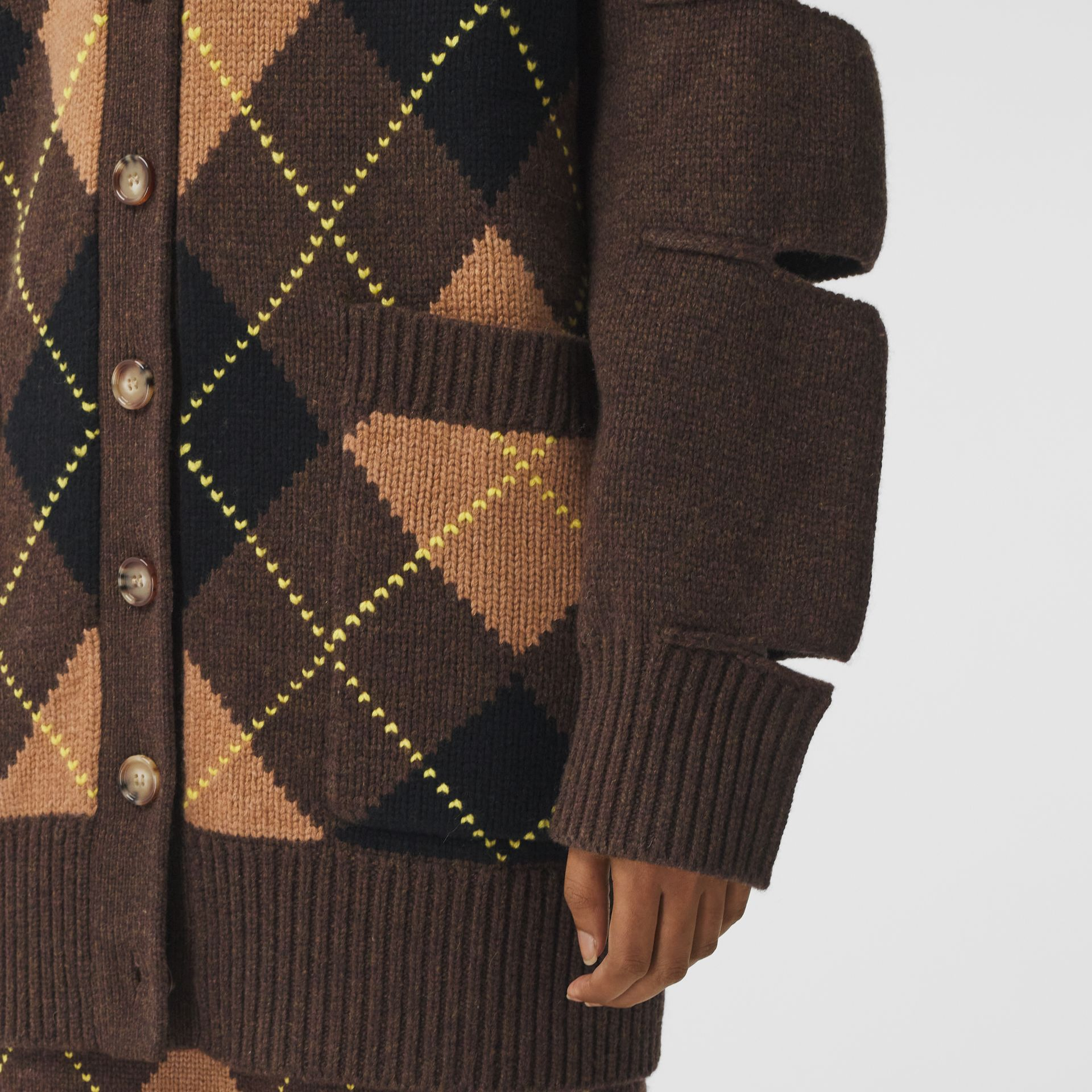 Cut-out Detail Argyle Intarsia Wool Cashmere Cardigan in Dark Khaki - Women | Burberry - gallery image 4