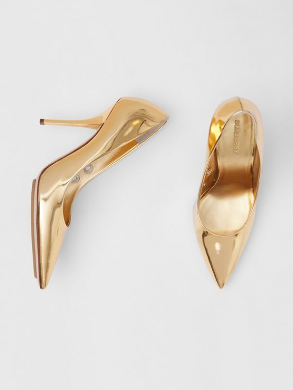 Eyelet Detail Metallic Leather Point-toe Pumps in Gold