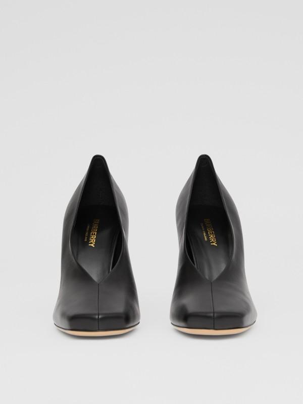 Zapatos de salón esculturales en piel de ovino (Negro) - Mujer | Burberry - cell image 3