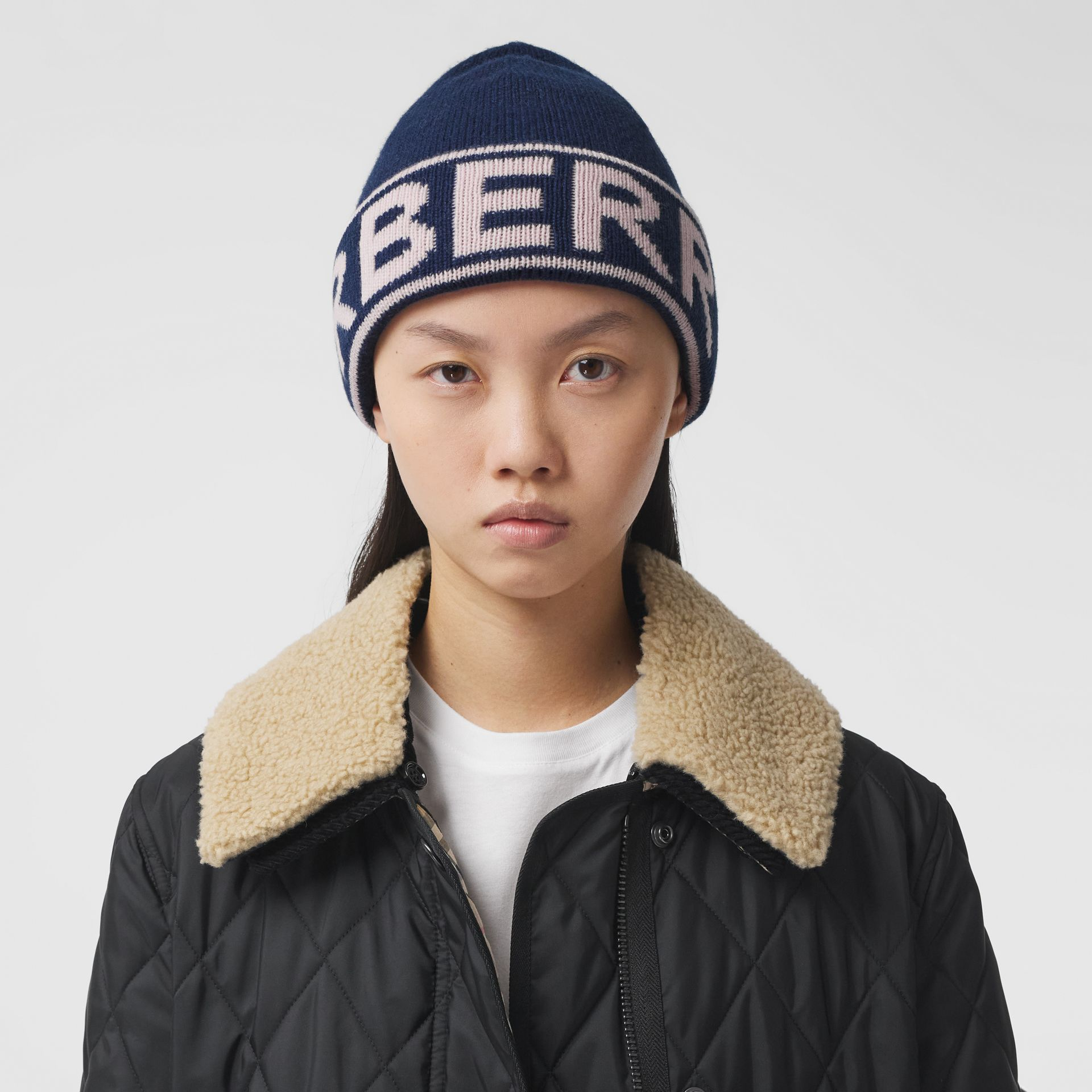 Logo Intarsia Cashmere Beanie in Navy | Burberry Canada - gallery image 2