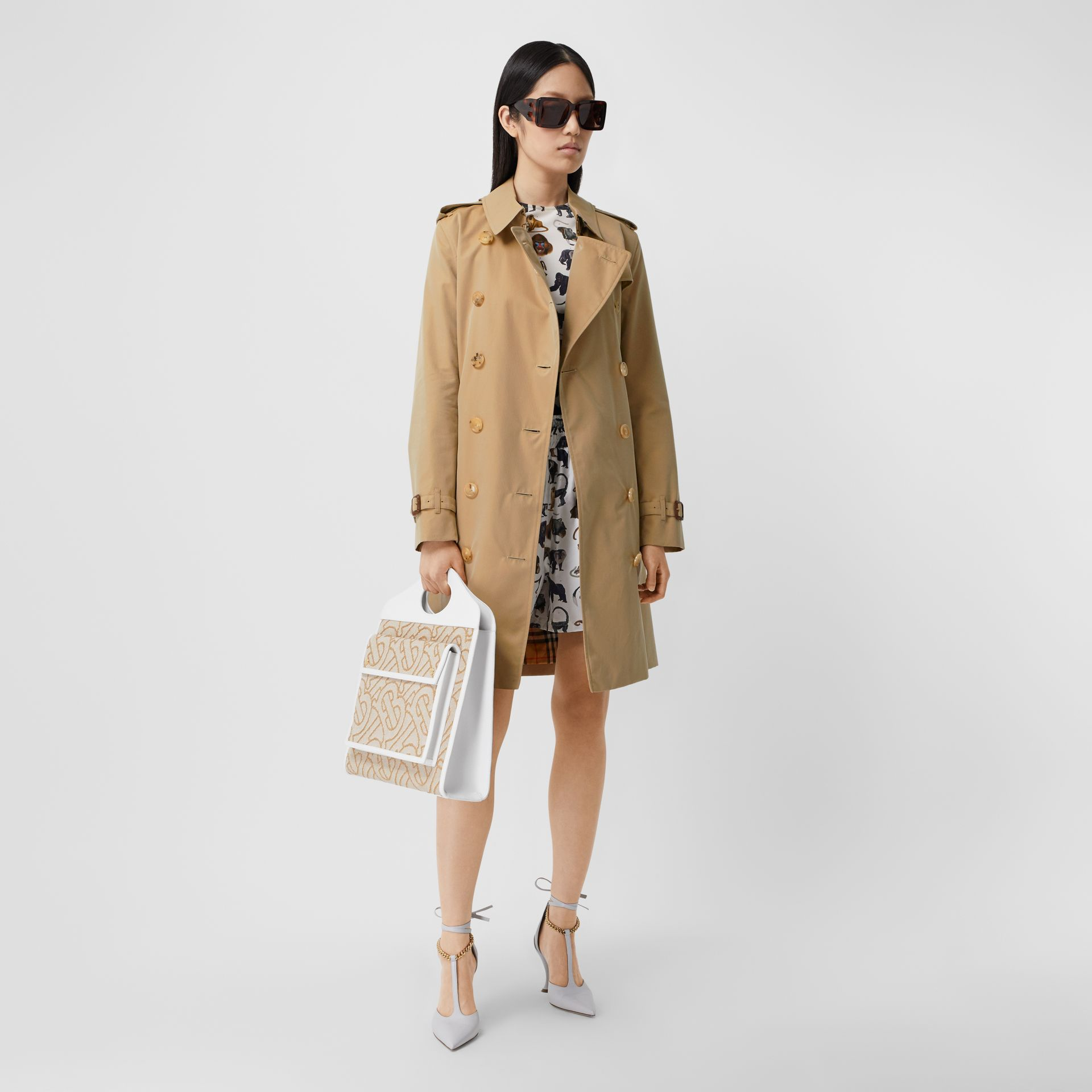 The Mid-length Kensington Heritage Trench Coat in Honey - Women | Burberry - gallery image 5