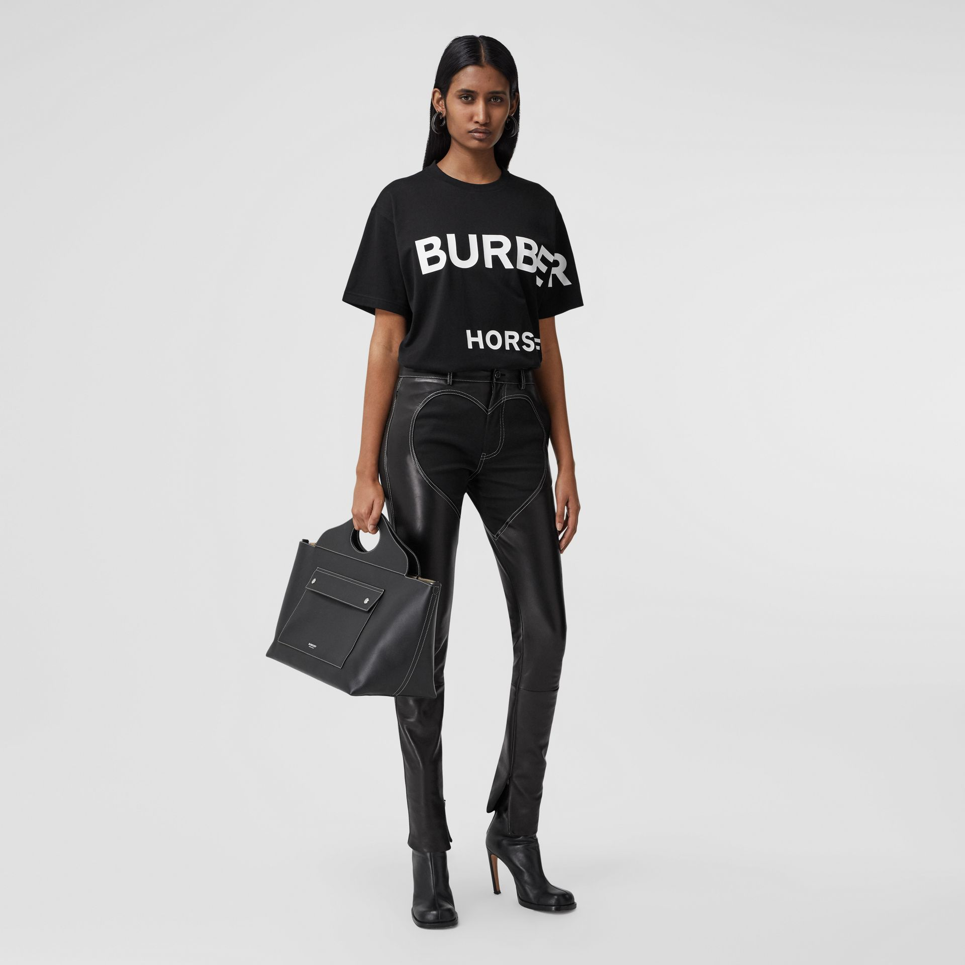 Horseferry Print Cotton Oversized T-shirt in Black - Women | Burberry - gallery image 0