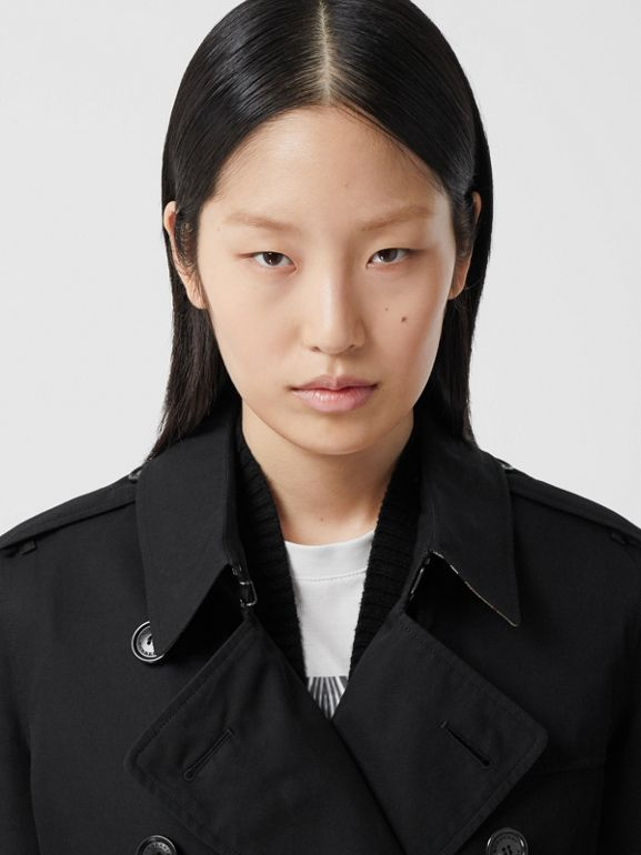 The Mid-length Kensington Heritage Trench Coat in Black - Women | Burberry - cell image 1