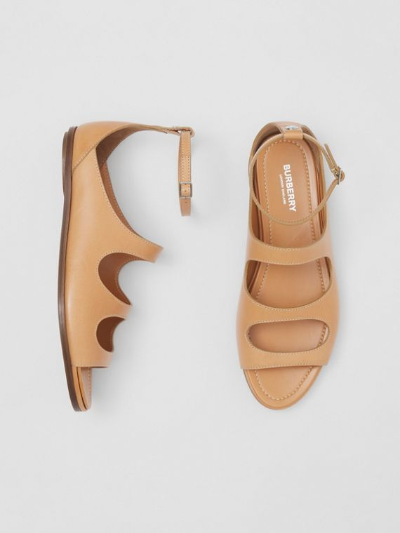 Cut-out Detail Topstitched Leather Sandals in Light Chestnut