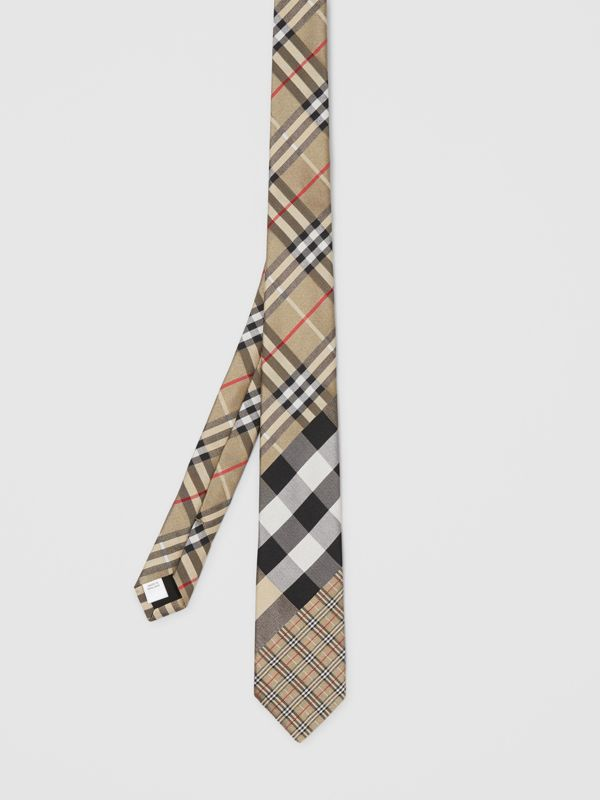 Classic Cut Check Silk Jacquard Tie in Archive Beige - Men | Burberry - cell image 3