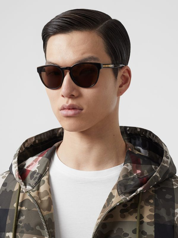 Round Frame Sunglasses in Tortoiseshell - Men | Burberry - cell image 2