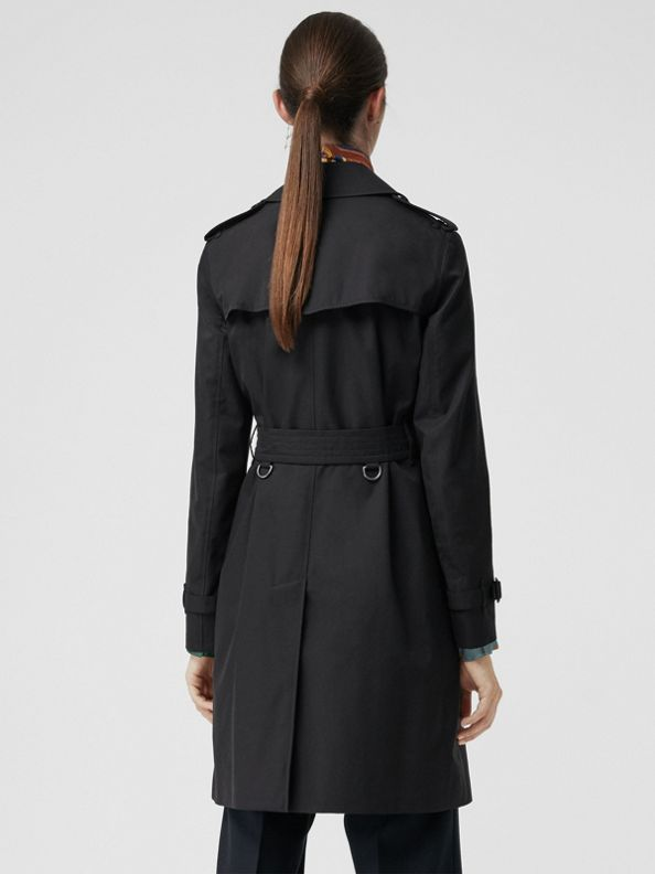 The Mid-length Kensington Heritage Trench Coat in Midnight