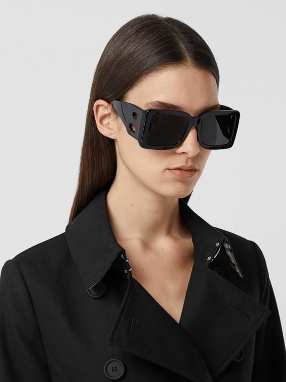 Pocket Detail Cotton Gabardine Trench Coat in Black - Women | Burberry - cell image 1