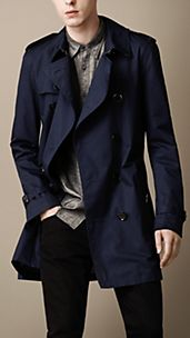 Trench coat de longitud media en algodón
