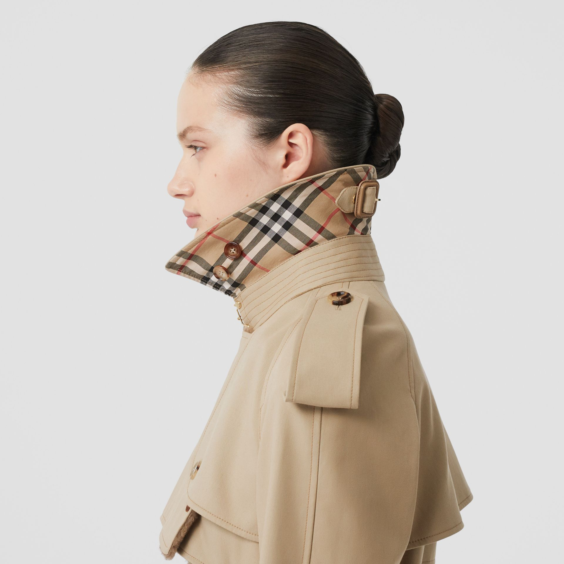 Deconstructed Cotton and Shearling Trench Coat in Honey - Women | Burberry - gallery image 4