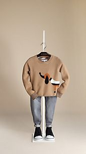 Wool Cashmere Sweater with Wraparound Dog Intarsia