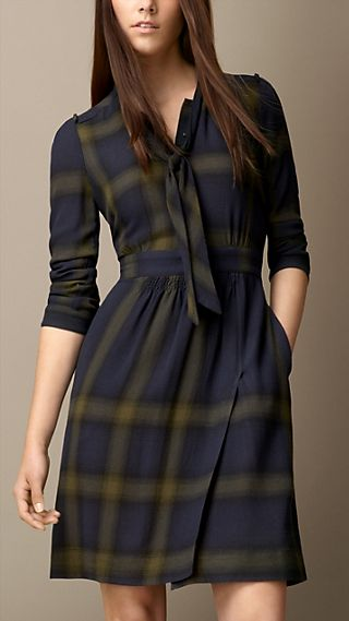 Check Wool Tie-Detail Dress