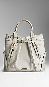 Sac The Whipstitch medium en python