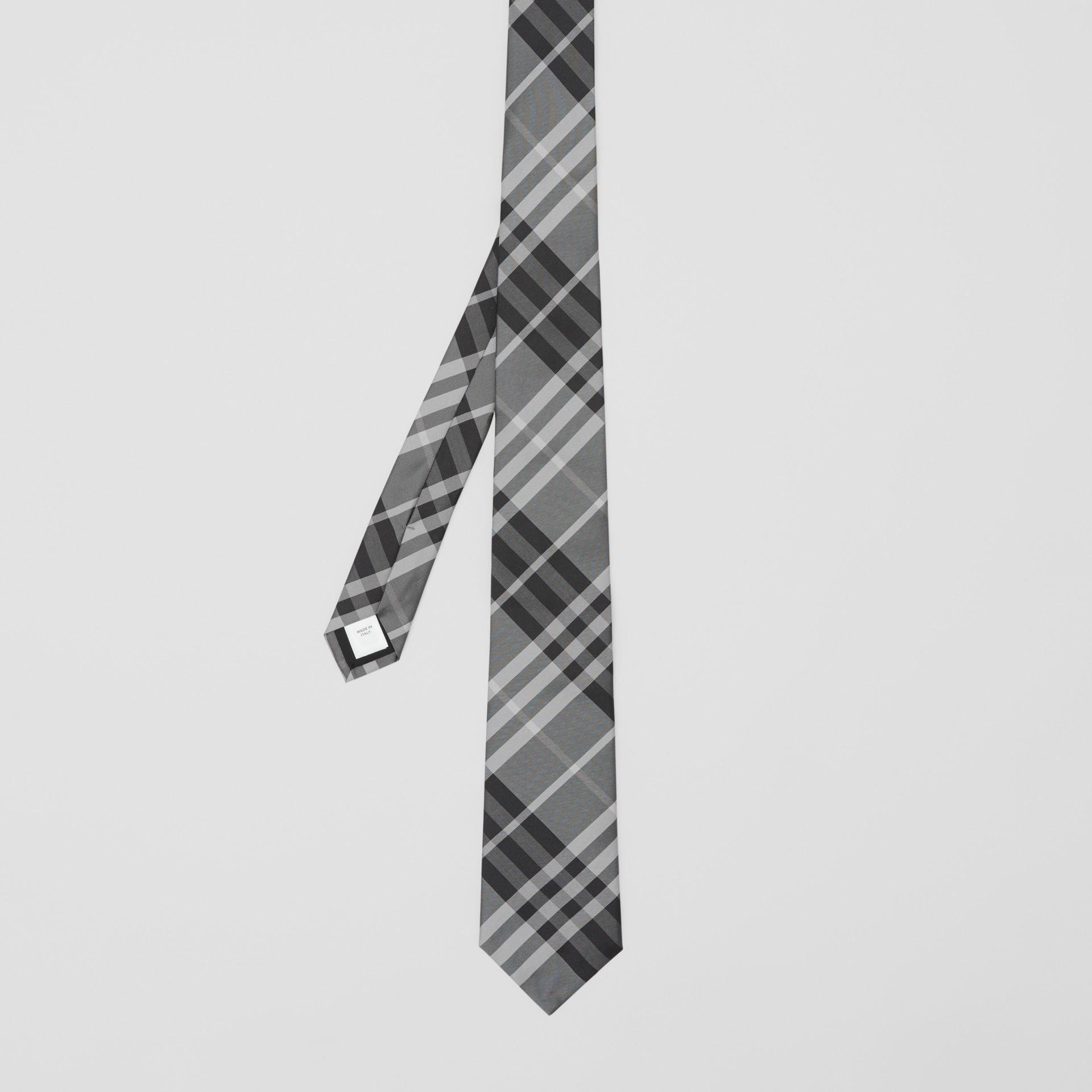 クラシックカット ヴィンテージチェック シルクタイ (ミネラルグレー) - メンズ | バーバリー - ギャラリーイメージ 4