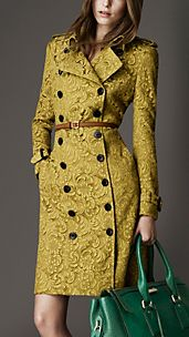 Trench-coat long en dentelle