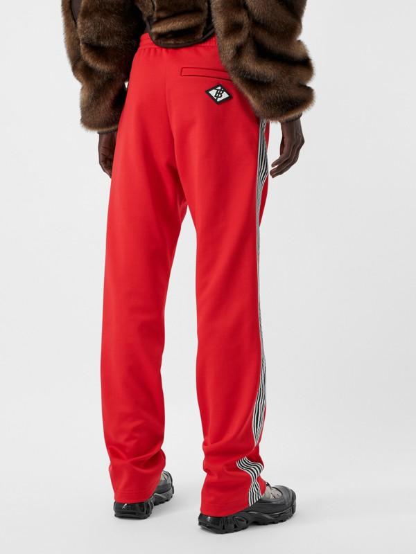 Track pants de malha com cintura dupla e detalhe listrado (Vermelho Intenso) - Mulheres | Burberry - cell image 2