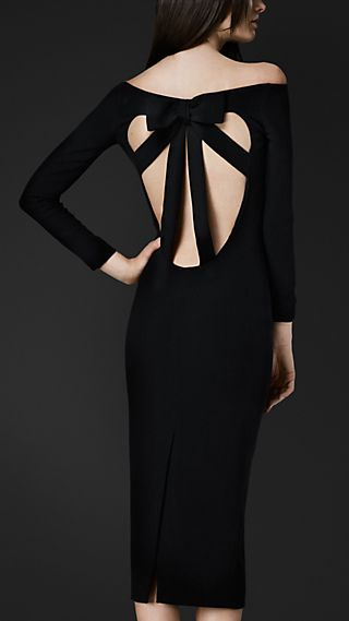 Cut-Out Back Crêpe Dress