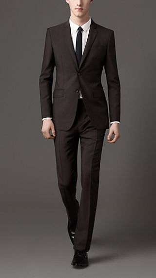 Modern Fit Wool Mohair Suit