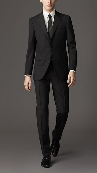 Classic Fit Virgin Wool Pinstripe Suit