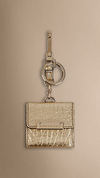 Heritage Grain Leather Photo Frame Key Charm