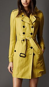 Trench coat de longitud media en lino y seda