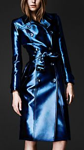 Trenchcoat in Metallic-Finish