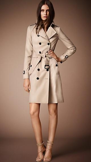 trench coats femininos burberry. Black Bedroom Furniture Sets. Home Design Ideas