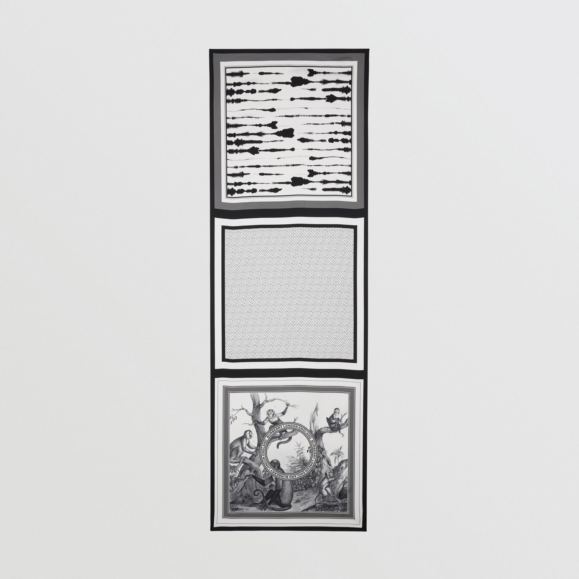 Foulard en soie à imprimé montage (Monochrome) | Burberry - photo de la galerie 4