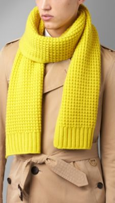 Knitting Pattern Burberry Scarf : Burberry Knit Scarf images