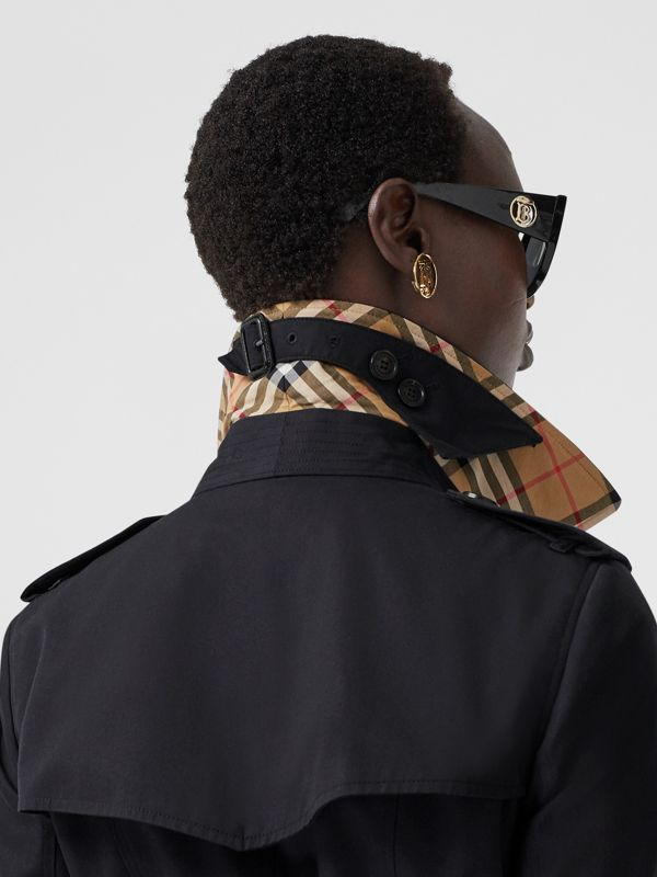 The Long Chelsea Heritage Trench Coat in Midnight | Burberry United States - cell image 3