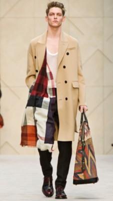 袖口,尽显传统工艺的不凡品质,完美演绎一体成型的设计风格 100%羊绒