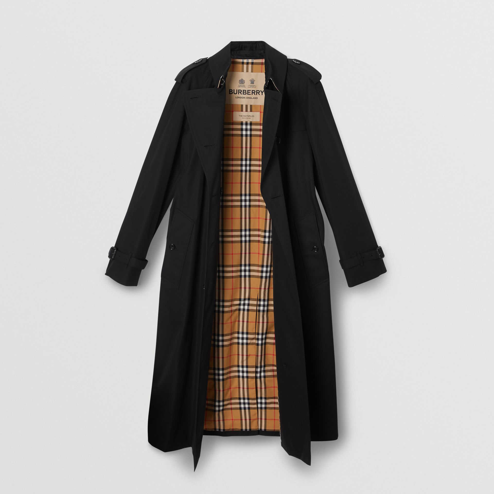 The Long Waterloo Heritage Trench Coat in Black - Women   Burberry United Kingdom - gallery image 7