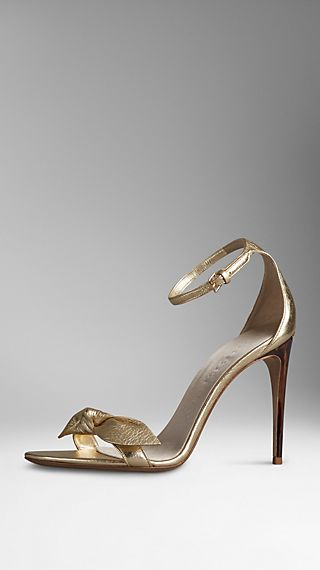 Knot-Detail Metallic Leather Sandals