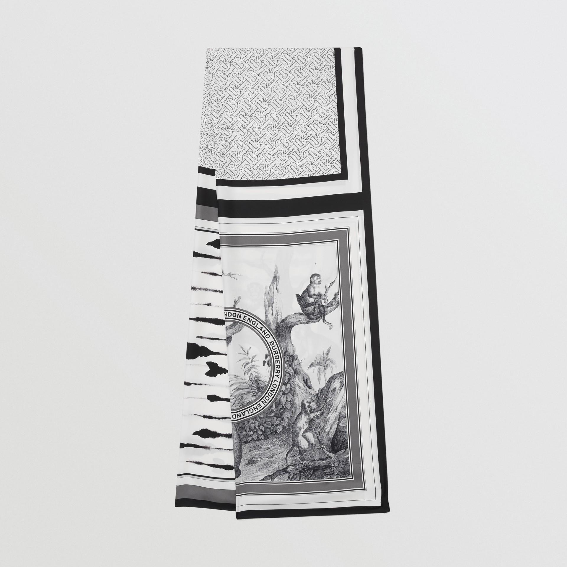 Foulard en soie à imprimé montage (Monochrome) | Burberry - photo de la galerie 0
