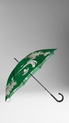 设计灵感源自古典艺术素描 精致的枫木伞把,按钮开伞设计 100%聚酯