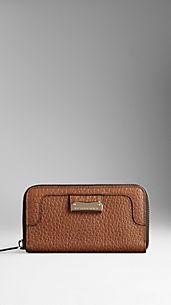 Heritage Grain Leather Ziparound Wallet