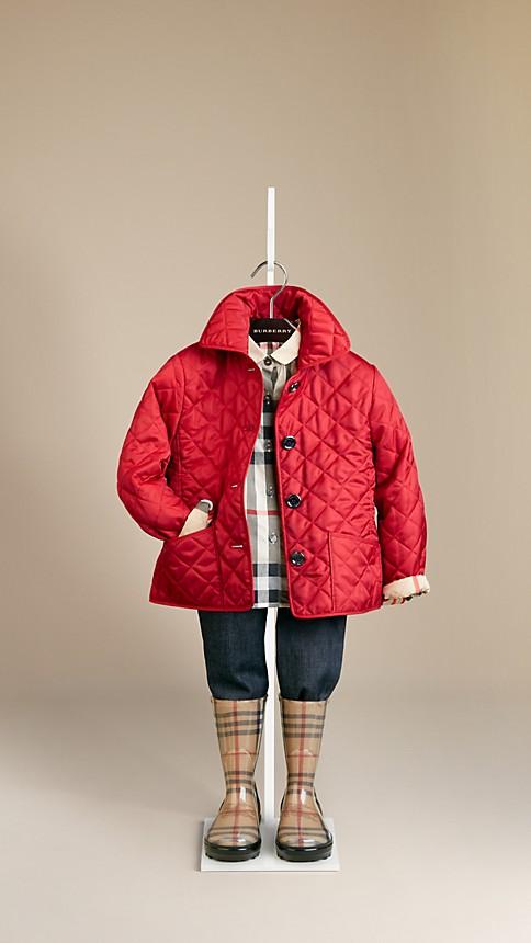 اجمل الملابس الشتوية للبنوتات الصغار . e70e3d8f33e24305f4f6