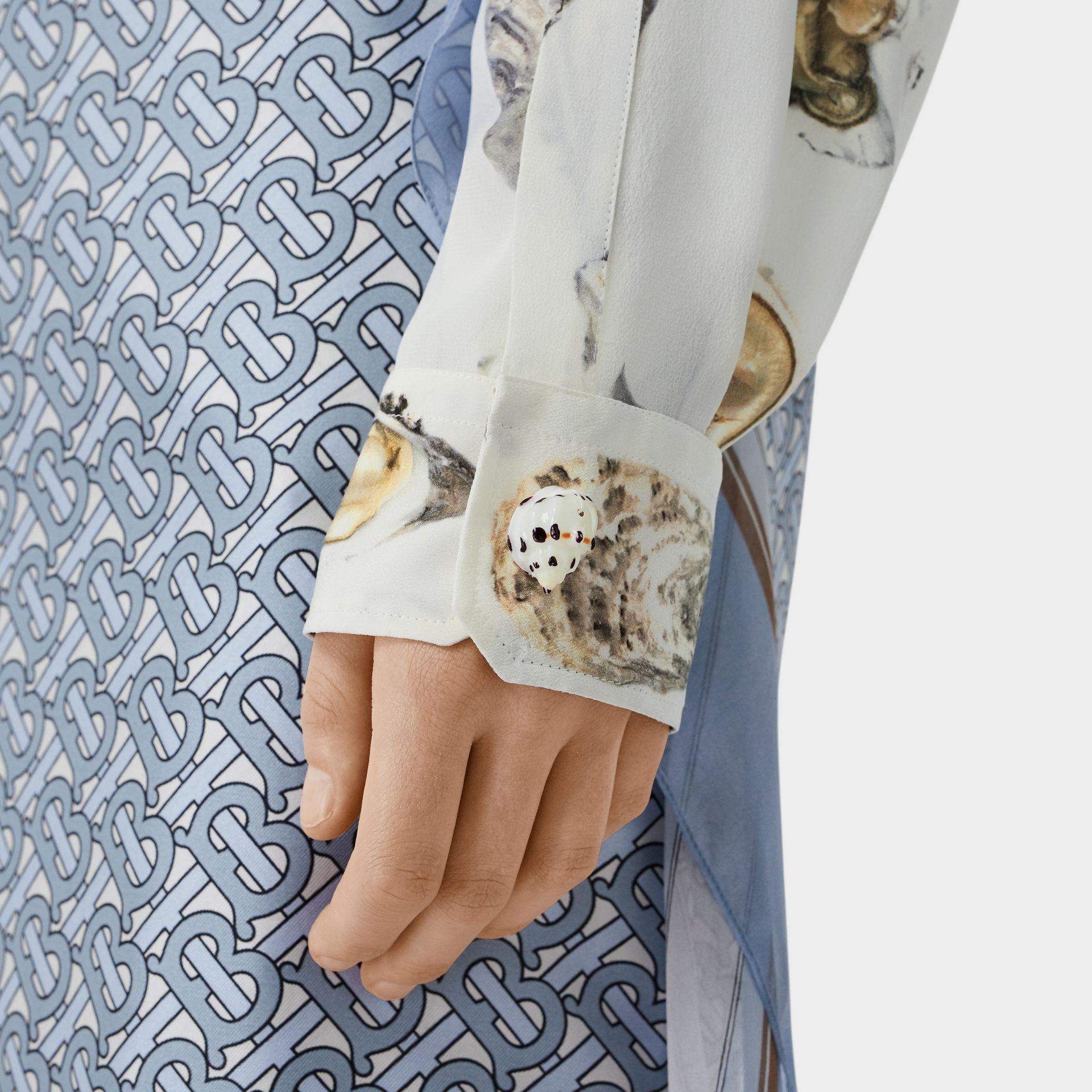 Embellished Oyster Print Silk Oversized Shirt in White - Women | Burberry - gallery image 4