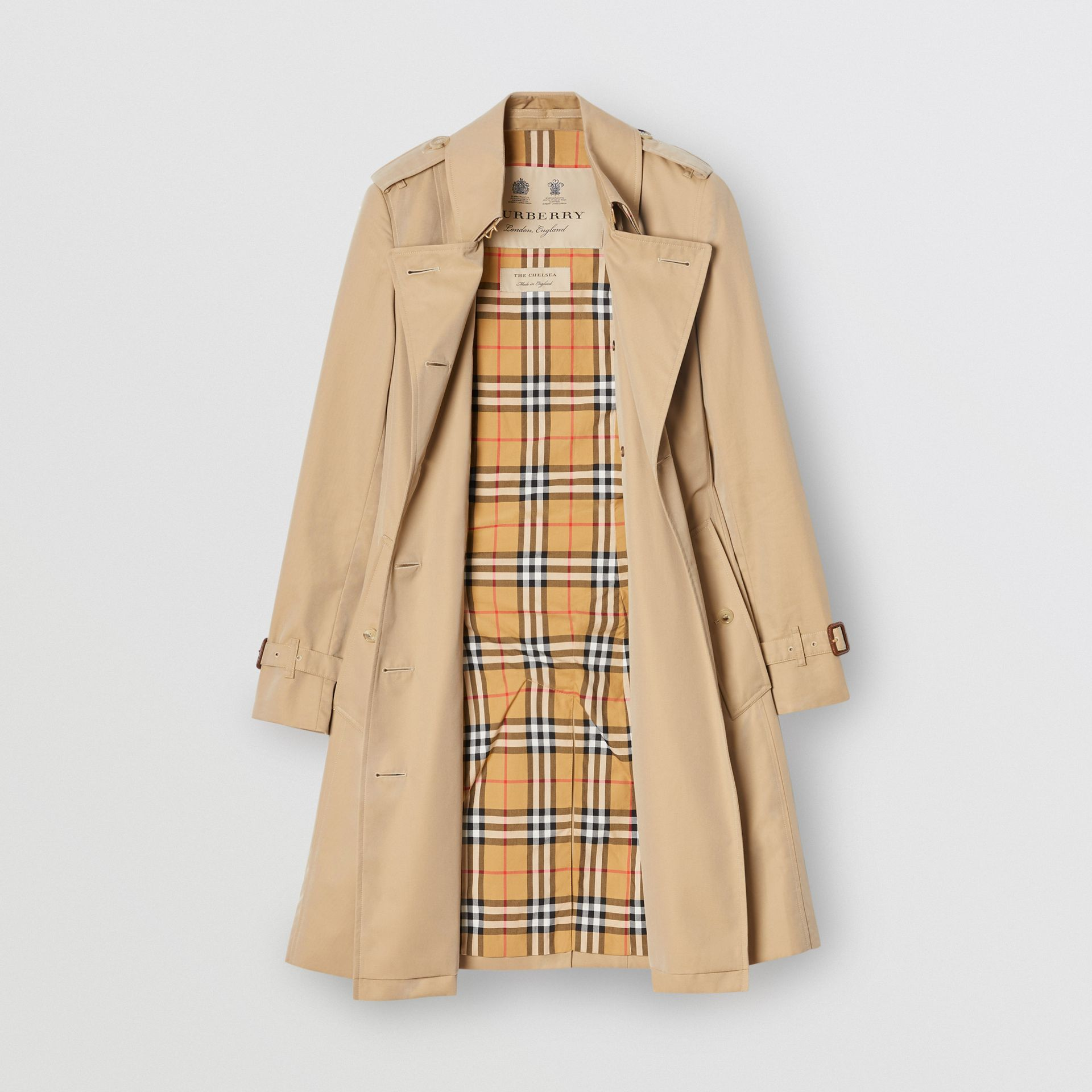The Mid-length Chelsea Heritage Trench Coat in Honey - Women | Burberry - gallery image 3