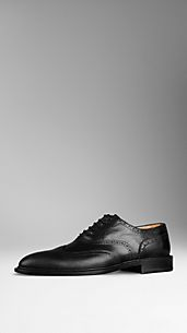 Grainy Leather Wingtip Brogues