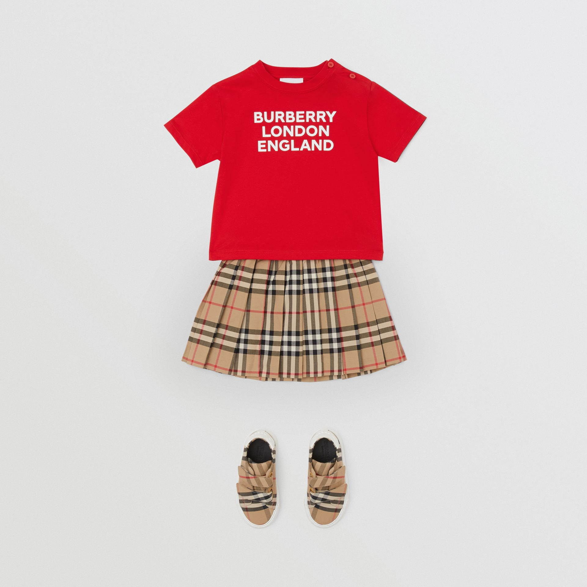 Logo Print Cotton T-shirt in Bright Red - Children | Burberry United Kingdom - gallery image 2