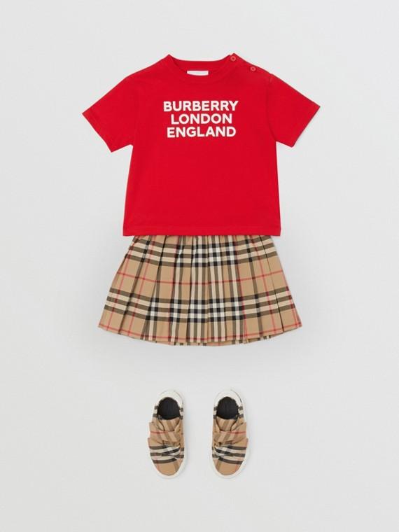 T-shirt in cotone con logo (Rosso Intenso)