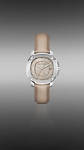 The Britain BBY1500 38mm Quartz