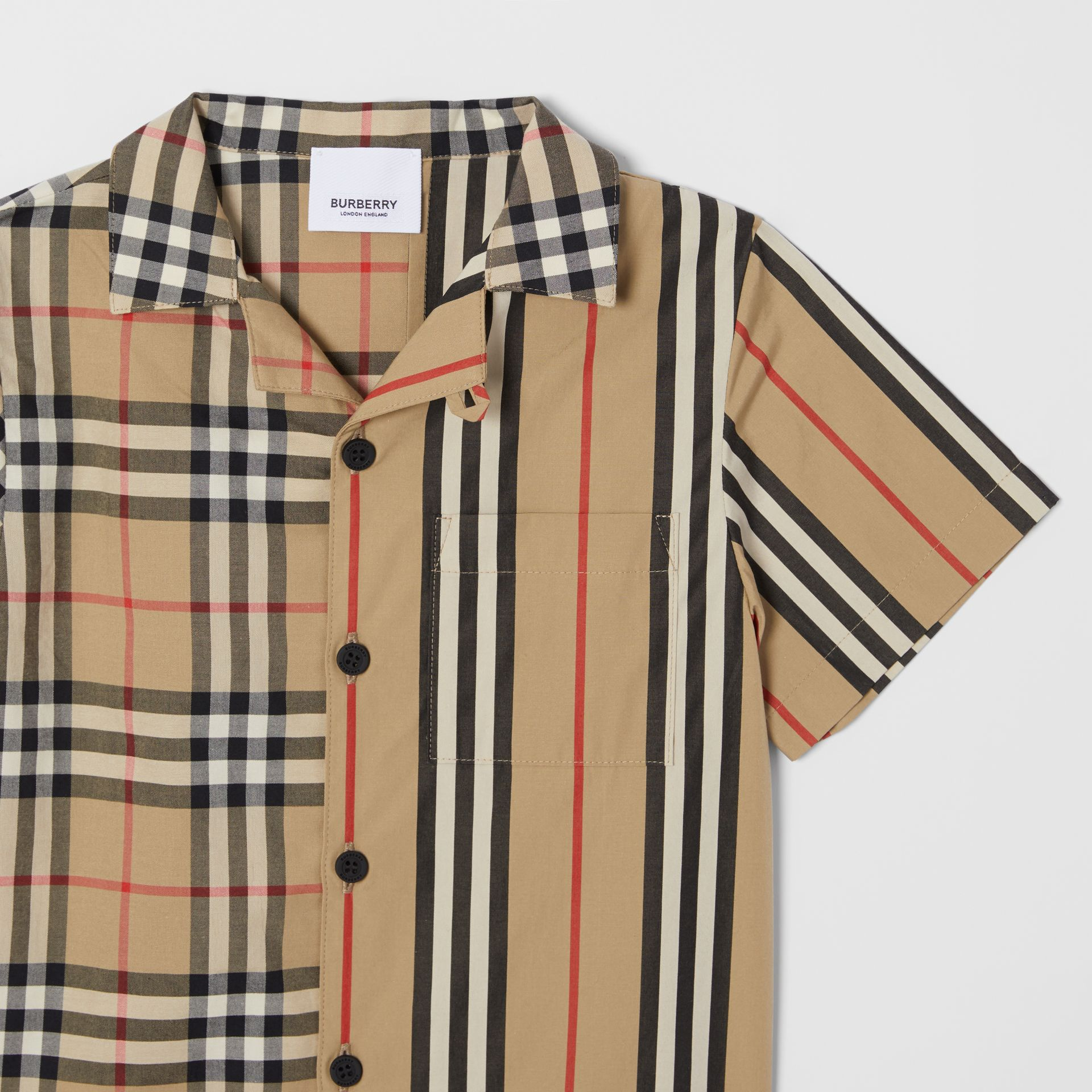 Short-sleeve Vintage Check and Icon Stripe Shirt in Archive Beige | Burberry United Kingdom - gallery image 4
