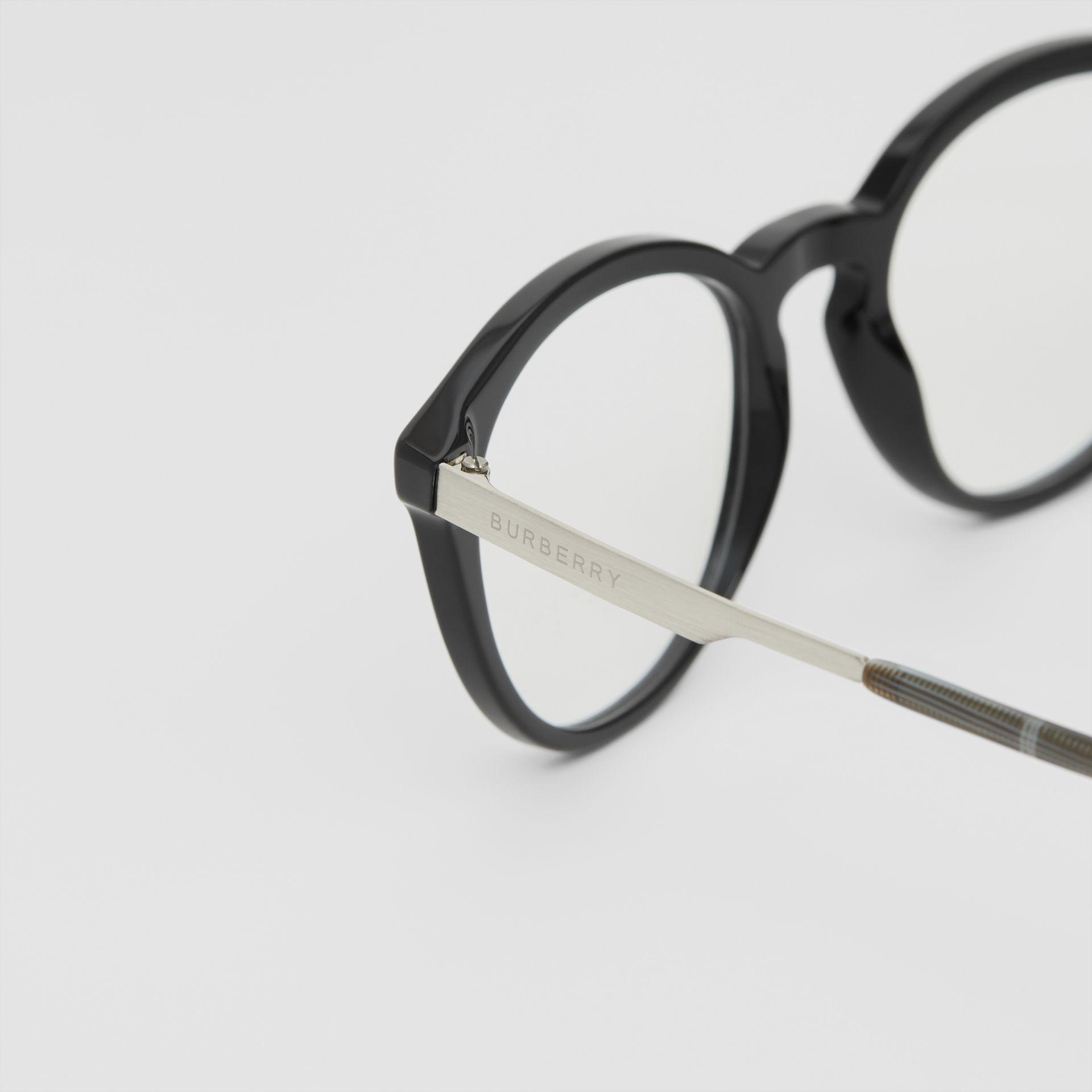 Round Optical Frames in Black - Men | Burberry - gallery image 1