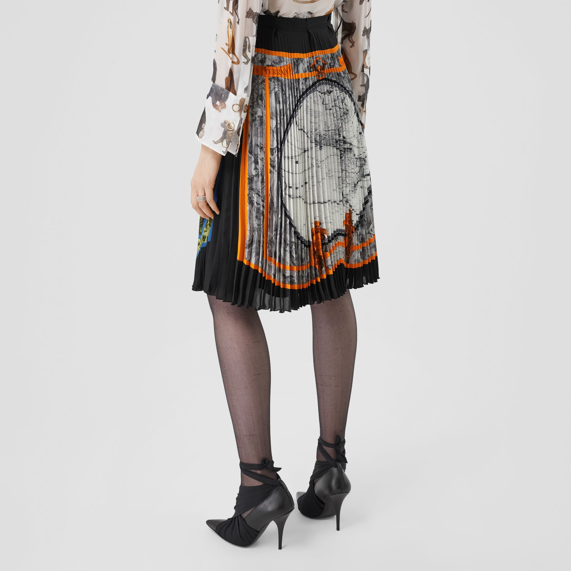 Map Print Silk-lined Pleated Skirt in Taupe Grey | Burberry United Kingdom - gallery image 2