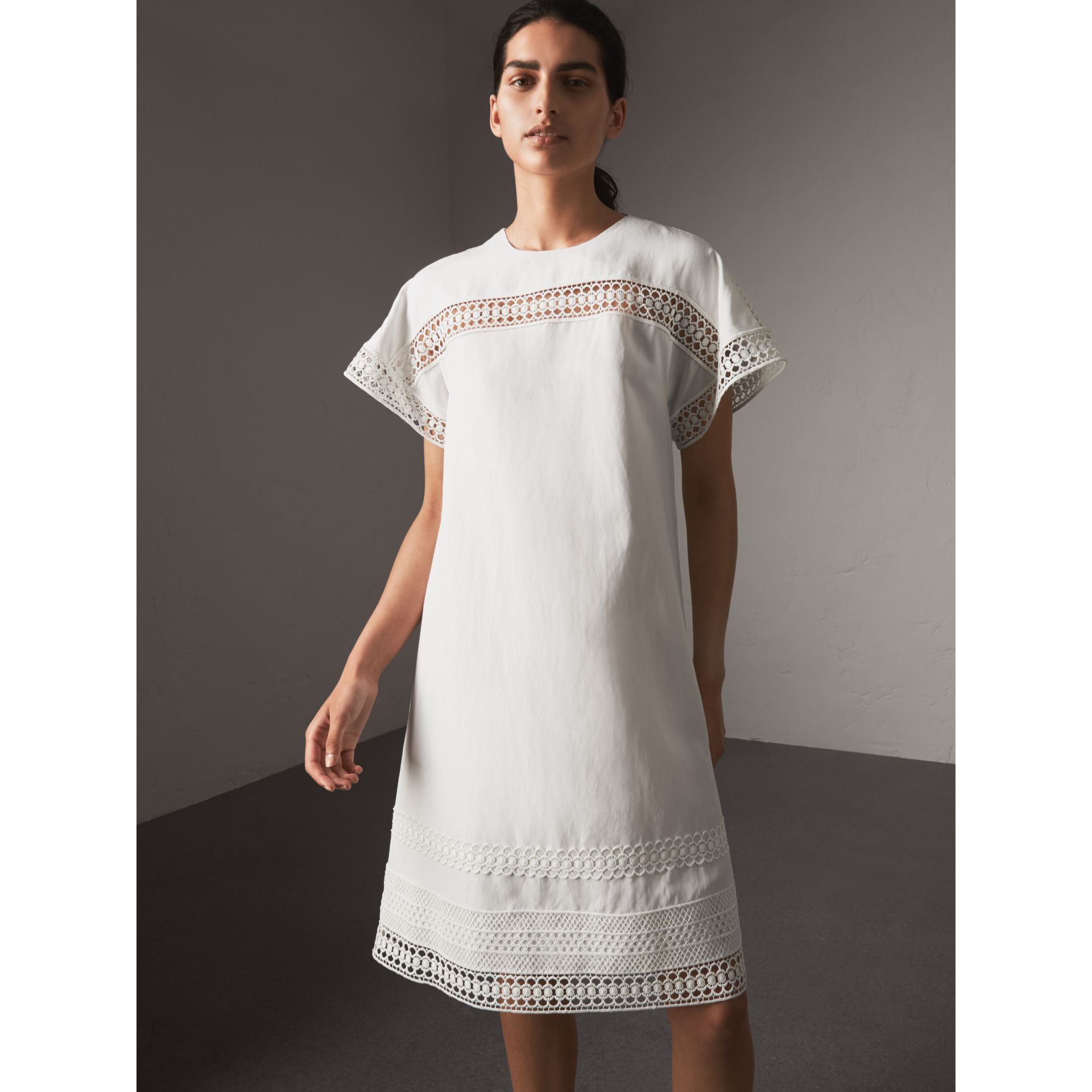 Short-sleeved Macramé Lace Detail Silk Blend Dress in White - Women | Burberry - gallery image 1