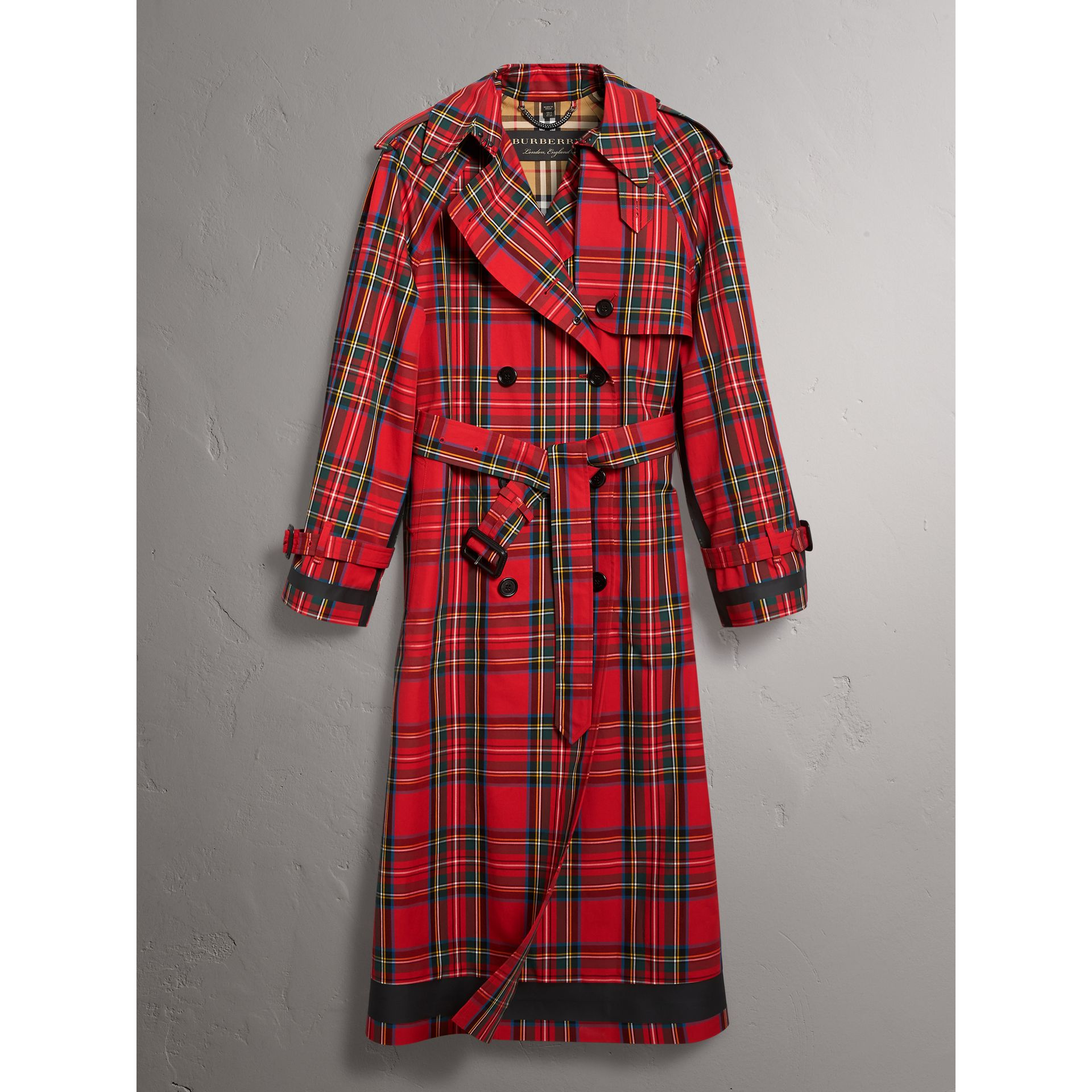 Tartan Cotton Gabardine Trench Coat in Bright Red - Women | Burberry - gallery image 4